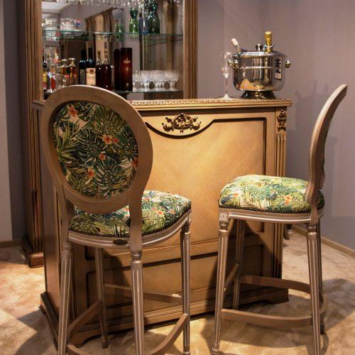 11. Colectia Victoria - Bar Lux