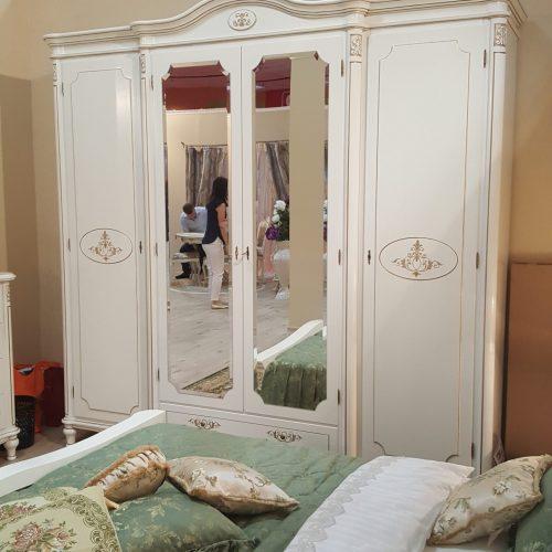 18. Colectia Larisa - dormitor - dulap alb-auriu