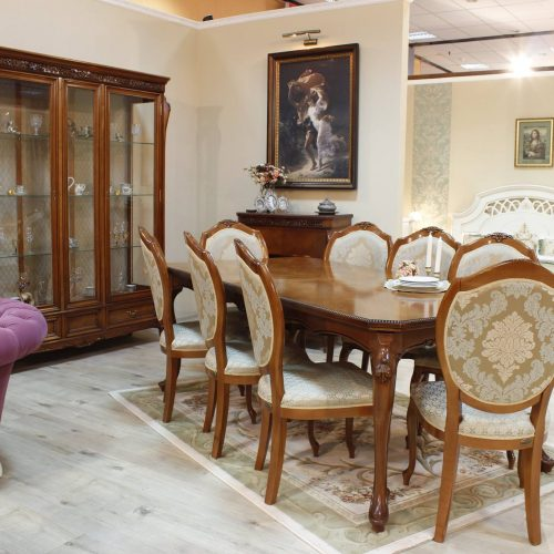 29. Colectia Verona - sufragerie - masa, scaune