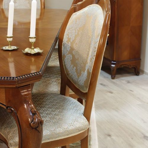 31. Colectia Verona - sufragerie - masa, scaun