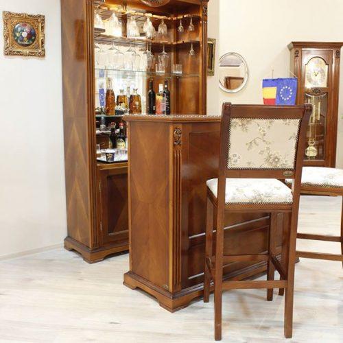 9. Colectia Victoria - bar